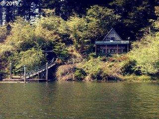 1406 N Ten Mile Lake Oregon